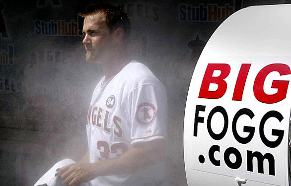 BIG FOGG MISTING HEATS UP THE NHL AND COLLEGE BOWL GAMES