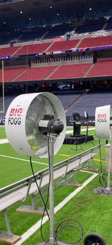 Big Fogg keeps players cool off the field