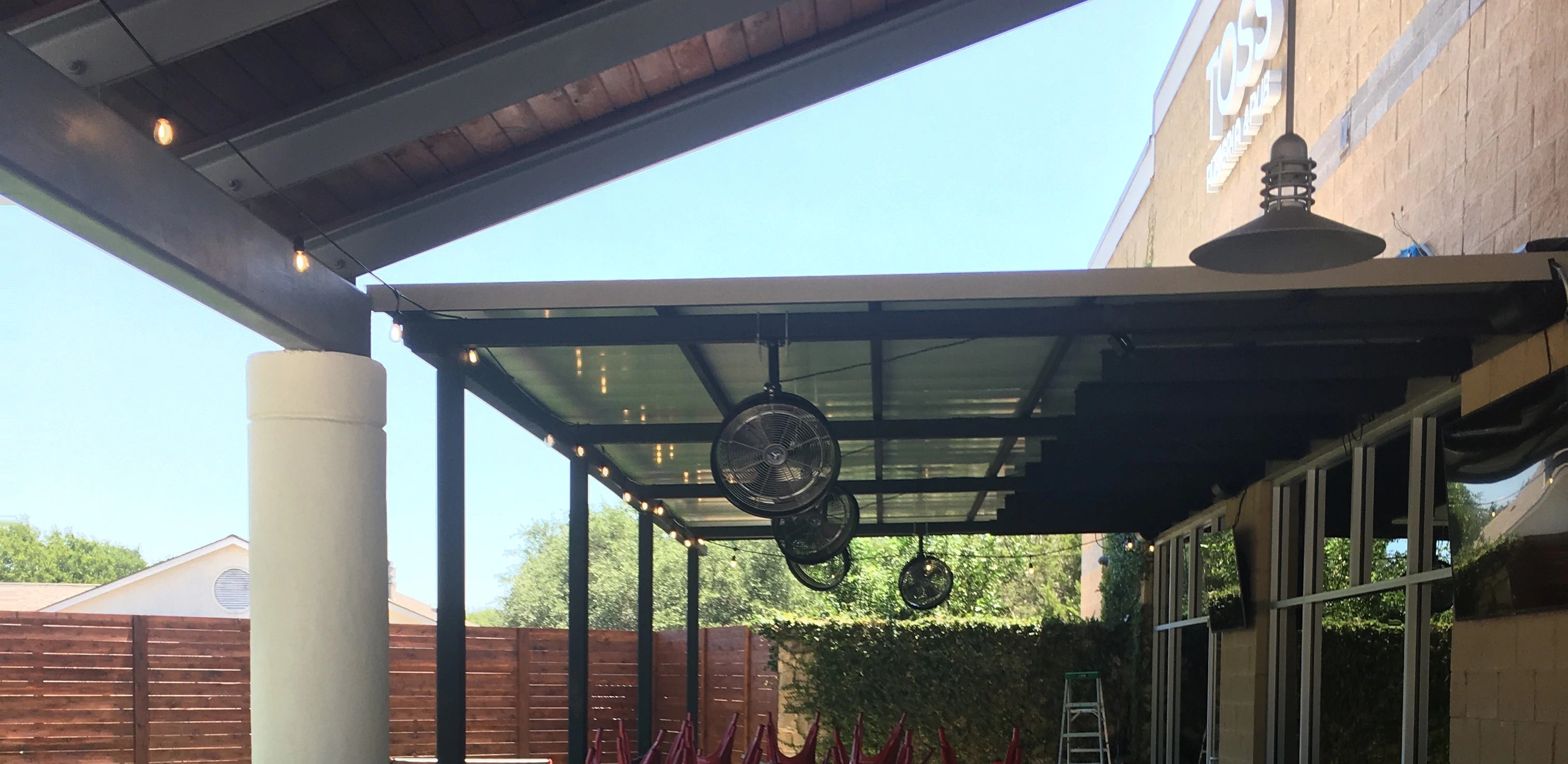 Ceiling mounted for 18 and 24 inch misting fans at commercial space